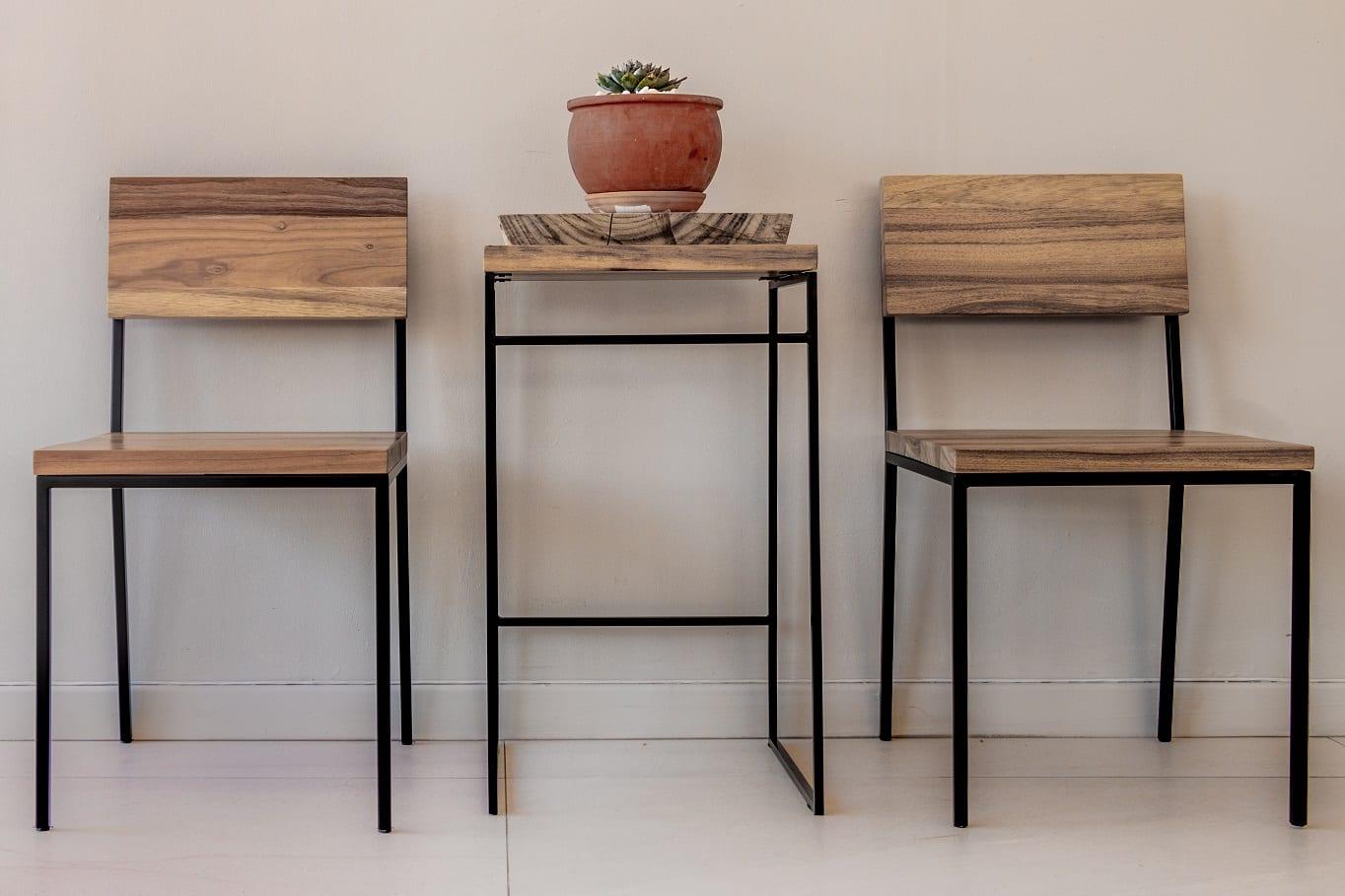 square steel frame bar stool