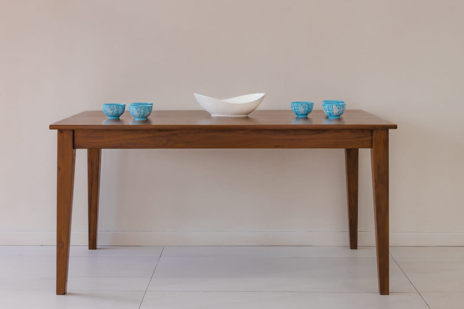 Tapered Table 1500