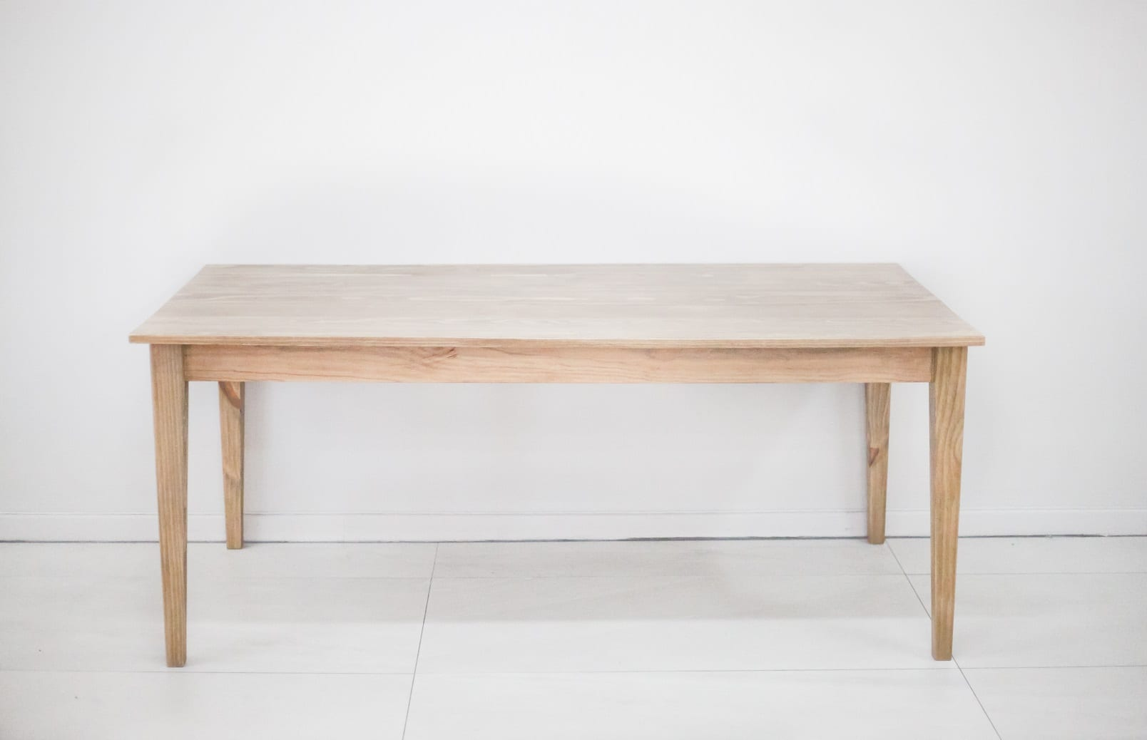 Dining Tables Tapered Table 1500 Dining Tables
